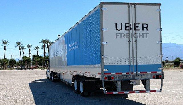 Testes com caminhões autônomos nas ruas da Califórnia.